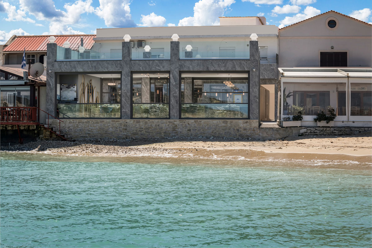 Sea view restaurants Chania- Chania dinner with view- Almyvita Luxury Restaurant