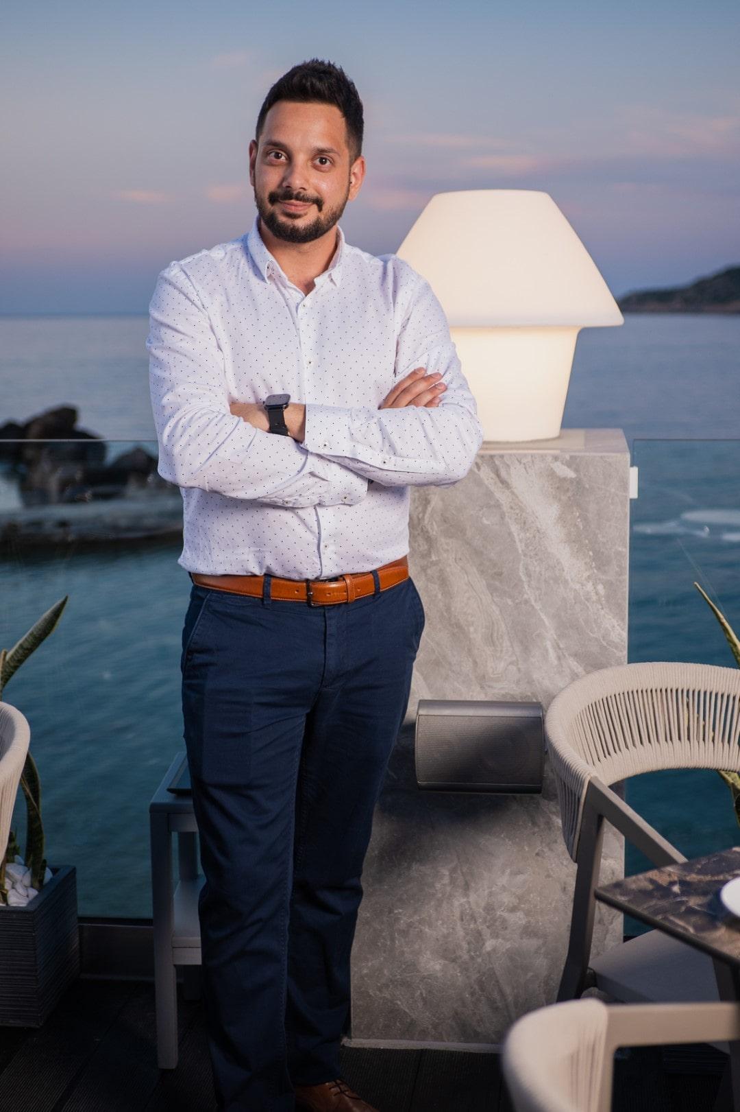 DIMITRIOS FLOROS- luxury dining chania- restaurants in Chania