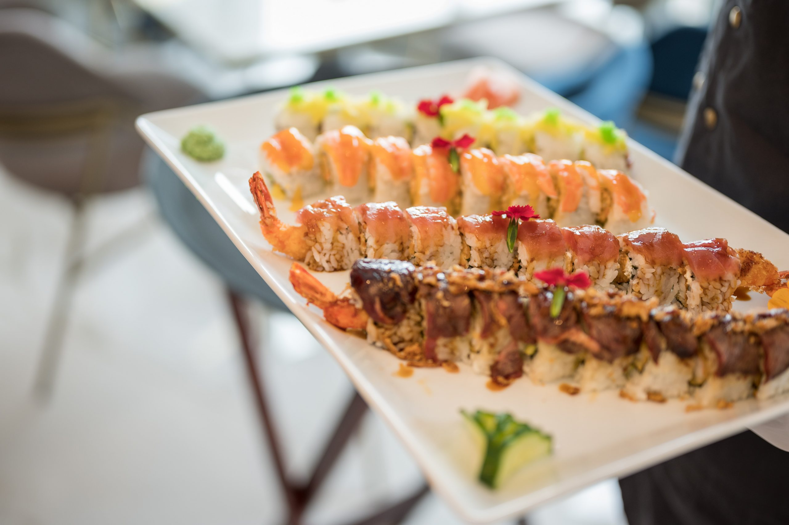 σούσι στα Χανιά- πιάτιο με ποικιλία σούσι- πολυτελές εστιατόριο almyvita